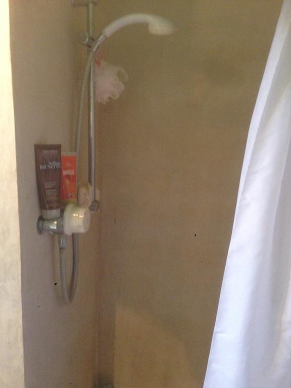 Avoiding The Need For Tiles, A Tadelakt Shower.